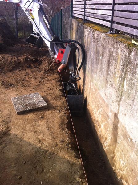 Verlegung von  Leitungen,Leerr-, Abwasser- und Trenage-Rohr