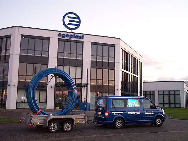 Ringbunde Leerrohr-Transport